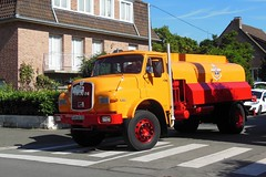 """MAN 16.168 Citerne """"ANTAR Marine"""" (1977) (xavnco2) Tags: old man france classic truck meeting parade collection vehicles lorry camion tanker nord patrimoine sfilata dfil lkw autocarro 2015 anciens journes lambersart rassemblement citerne 16168 vhicules raucca"""