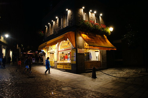 """Saint-Malo: Night Image • <a style=""""font-size:0.8em;"""" href=""""http://www.flickr.com/photos/26679841@N00/21757137209/"""" target=""""_blank"""">View on Flickr</a>"""