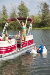 Sunchaser Traverse Pontoon Boat (thebestboatbrands) Tags: traverse pontoon 2016 sunchaser 7518 7522cruise 7520cruisedlx 7520cruise