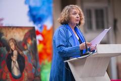 Sonia Montecino presentando sobre representaciones de género en Chile