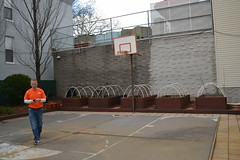 2015-12-03-Home Depot-Knickerbocker-fixing hoop-e (Services for the UnderServed) Tags: walter home painting back team great kerry giving depot fixing hayes volunteer job sus veterans generous knickerbocker susincnyc balduccini