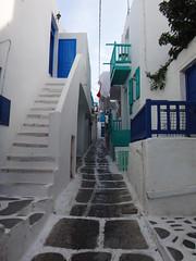 Calle tpica. Chora. Isla de Mikonos. Grecia (escandio) Tags: 3 grecia chora mikonos 2015 cicladas islademikonos