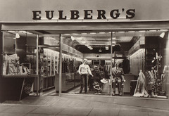 Eulberg's Men and Boys Store, Storefront