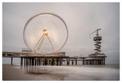 Scheveningen Pier Ferris Wheel (Paulemans) Tags: 2016oktoberfest oktoberfest2016 carlzeissjenaflektogon425 flektogon scheveningen pier reuzenrad ferriswheel longexposure nikvivenza nikcolorefexpro leelittlestopper carlzeissjena 425 paulemans paulderoode lomographydaguerreotypeachromat12964artlens