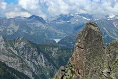 lac et barrage d'Emosson (bulbocode909) Tags: valais suisse fentredarpette lacdemosson barragedemosson montagnes nature paysages nuages vert bleu
