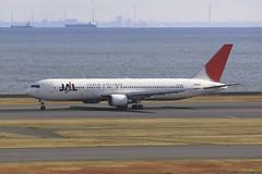 JA622J Boeing B763 HND 02Dec12 (Citation Ten) Tags: ja622j b763 jal hnd