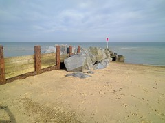 Rocks supporting breakwaters (dave905947) Tags: longshoredrift sediment erosion