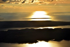Basaa (1089 m), Park prirode Velebit, Hrvatska / Basaa (1089 m), Velebit Nature Park, Croatia (Hrvoje aek) Tags: velebit basaa krbina parkprirodevelebit velebitnaturepark parkprirode nature priroda naturepark vrh peak summit planina mountain planine mountains planinarenje hiking pogled view pejza panorama landscape sunset zalazaksunca sunce sun oblak cloud oblaci clouds nebo sky odsjaj refleksija reflection sjena shadow sjene shadows svjetlo light sumrak dusk jadranskomore jadran mareadriatico adriaticsea more sea hrvatska croatia kroatien croazia d3300 jesen autumn