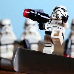 Edge - Macro Mondays (Crisp-13) Tags: lego storm trooper stormtrooper sabatier knife edge macromondays macro mondays star wars legography