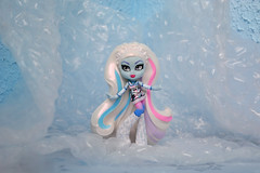 My new ghoul! (dasha.savitskaya13) Tags: monster high monsterhigh abbey bominable beautiful nice kind white pink blue black purple pastel photo winter doll girl collection cute