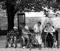 Loiterers (boemlau) Tags: newzealand nieuwzeeland christchurch 2014 elderly senioren streetkids