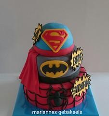 #superhelden #taart #superhero #cake #spiderman #batman #superman #gebaksels #mariannesgebaksels #friesland (mariannes gebaksels) Tags: superhelden taart superhero cake superman batman spiderman gebaksels mariannnesgebaksels friesland