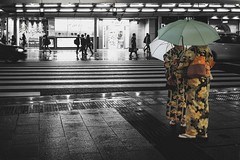 Raining in Kyoto (Syahrel Azha Hashim) Tags: street sony 2016 35mm holiday simple kyoto details a7ii umbrella local kimono ilce7m2 dof people handheld streetphotography colorimage vacation prime light culture naturallight traditionalclothing japanese beautiful travel selectivecoloring syahrel sonya7 getaway shallow colorful raining japan detail