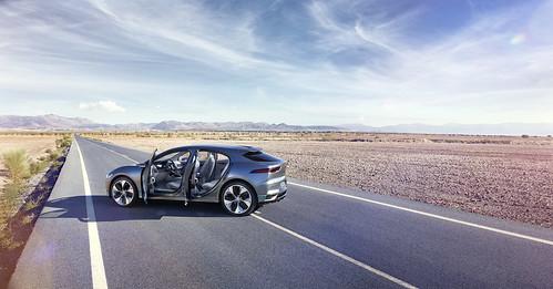 """Jaguar I-PACE Concept (5) <a style=""""margin-left:10px; font-size:0.8em;"""" href=""""http://www.flickr.com/photos/128385163@N04/30705406920/"""" target=""""_blank"""">@flickr</a>"""
