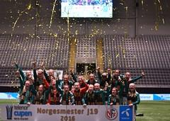 DSC_9680 lagbilde Klepp J19 jubel gull NM (karlsenfoto) Tags: cupfinale j19 klepp lsk kvinner telenor arena 18112016