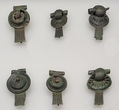 IMG_6264 (jaglazier) Tags: 1stcentury 1stcenturyad 2016 bronzeworking cologne copyright2016jamesaglazier germany jewelry koln köln museums romangermanicmuseum römischgermanischesmuseum september ubian ubier archaeology art bronze castbronze crafts fasteners fibula germanic metalworking ornaments