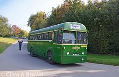 DSC_5192w (Sou'wester) Tags: bus london buses vintage rally preserved publictransport veteran lrt lt preservation psv chesham londontransport tfl amersham roadrun londoncountry runningday lcbs