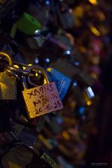 Los candados de Pars (Leticia Lukaszewicz) Tags: paris france canon puente amor candados