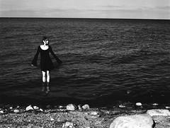 (Juliet Alpha November) Tags: ilford delta 100 analogue analog film rollfilm 120 645 medium format mittelformat sw bw baltic sea ostsee meer stillstand standstill water wasser ocean stille silence salvaje model