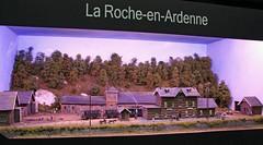 La Roche-en-Ardenne (09) (Rinus H0) Tags: modeltreinen modeltrains modelrailways modelleisenbahn tram steam steamtram strassenbahn stoomtram rudinelissen larocheenardenne ardennes ardennen belgi belgium belge belgique modelspoorexpo leuven 2016 modelspoorexpoleuven2016 layout minilayout diorama station vintage heritage retro miniatuur miniature modelbouw modellieren modelling