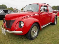 1971 Volkswagen Beetle (splattergraphics) Tags: 1971 volkswagen beetle vw volksrod 40ford carshow karbkings mobtowngreaseball dundalkmd 36000
