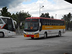 Yellow Bus Line 908 (Monkey D. Luffy 2) Tags: bus hino grandeza mindanao enthusiasts philbes philippine philippines photography ecoland enthusiast society