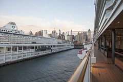 Norwegian Breakaway (terraxplorer2000) Tags: norwegianbreakaway cruise newyork sunset cruiseship skyline