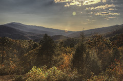 Pine Mountain State Resort Park (Klaus Ficker --Landscape and Nature Photographer--) Tags: pinemountainstateresortpark pinemountain usa kentucky pineville autumn afternoon clouds mountain kentuckyphotography klausficker canon eos5dmarkiv