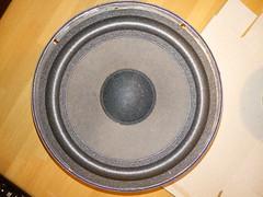 2016-11-06--221342 restauro casse (MicdeF) Tags: altoparlante cassa casse casseacustiche indianaline loudspeaker midrange restauro riconatura sospensione sospensioni woofer geo:lat=4193466523 geo:lon=1254016936 geotagged
