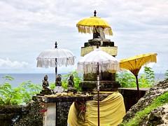 Little Hindu temple . (Franc Le Blanc .) Tags: panasonic lumix indonesia bali tanahlotregion hindu temple sea canang