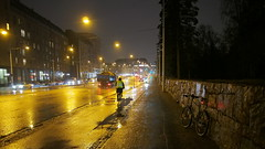 2016 Bike 180: Day 282, November 24 (olmofin) Tags: 2016bike180 finland helsinki mecheliinkatu hietaniemi muuri bicycle commuter cyclist cyclists polkupyr dark pyrilij pyrtie lumix 14mm f25 sade rain hmr aamu morning pime