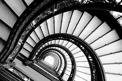 The Rookery's Oriel staircase: part 2 (jbarry5) Tags: chicago chicagoarchitecture geometry abstract architecture spiralstaircase blackandwhite monochrome therookery therookerystaircase therookeryorielstaircase