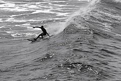 Huntington Beach, California (Robert Borden) Tags: northamerica usa california westcoast southwest socal huntingtonbeach orangecounty surfer competition bw canon waves ride view silhouette