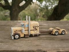 Peterbilt 389 Scale model truck 1/100 (Plast&Cars) Tags: peterbilt 389 scale model truck 1100 plast cars
