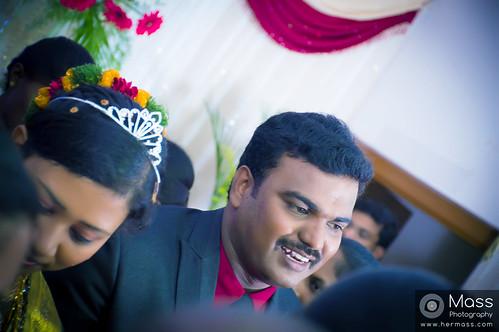 groom-candid