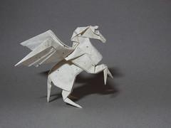 Pegasus - Fumiaki Kawahata (rob.tad) Tags: horse paper origami pegasus papiroflexia unryu folding dobradura kawahata fumiaki
