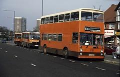 Smiths Yourbus NKU572R, Maypole, Birmingham, 1990 (Lady Wulfrun) Tags: march 50 1990 smiths maypole tysoe syt sypte 50y yourbus nku572r birmingham17th