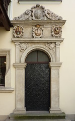 Krakov, univerzita (38) (ladabar) Tags: doorway portal kraków cracow cracovia krakau krakov dveře portál