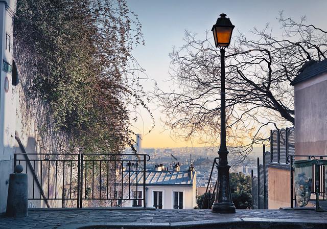 モンマルトル・ガイドツアー(ヨーロッパの街歩きのオプショナルツアー)