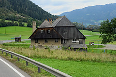 Verso Leoben Austria con i camion storici (marvin 345) Tags: architettura casa house austria viaggio strada oldhouse casavecchiarustica