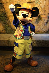 Mickey Mouse (sidonald) Tags: mickeymouse mickey greeting   tokyodisneysea tds tokyodisneyresort tdr