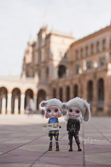 """""""Where are our moms? This Sevilla square is enormous"""""""