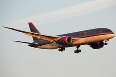 2016 Oct JFK stock-62 (jplphoto2) Tags: 787 7878 boeing787 jdlmultimedia jfk jybac jeremydwyerlindgren johnfkennedyinternationalairport kjfk nyc newyorkcity royaljordanian royaljordanian787 aircraft airplane airport aviation