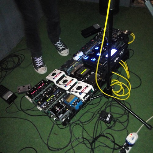Say hello Randolf Arriola's gear setup haha #SundaySlowdown #OPMLives #IndieManilaLive