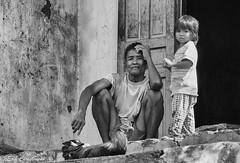 -c20161104_810_2000 (Erik Christensen242) Tags: ninhthun vietnam vn family bw portrait ongnoi grandfather granddaughter hen unlimitedphotos