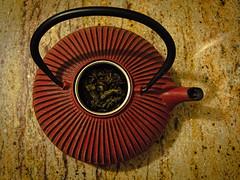 Gunpowder tea (Mario Bossa) Tags: tea greentea teapot teverde teiera fiveoclocktea tedellecinque gunpowdertea