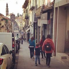 (Locas) Tags: walk caminhar porto street clerigos httpwwwtorredosclerigosptpt coolkids wildhearts lifestyle memoriasvida simpleliving fearless travel passear viajar portugal needless sweet love tooblessedtobestressed