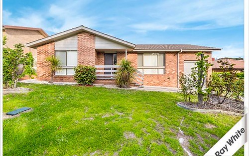 9 Lowerson Place, Gowrie ACT 2904