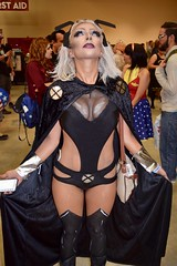 DSC_0016 (Randsom) Tags: alamocitycomiccon sanantonio texas october 2016 cosplay costume halloween fun colorful convention comicbook storm xmen contacts cleavage buxom mutant superhero superheroine cape femmefatale beauty gorgeous hot woman female girl lovely sexy lipstick marvelcomics