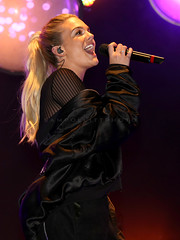 "Louisa Johnson - Manchester Christmas Lights Switch On - 4/11/2016 (sampollittphoto) Tags: louisajohnson ""manchester christmas lights switch on"" singer ""albert square"" xmas manchester england uk ""united kingdom"" europe"